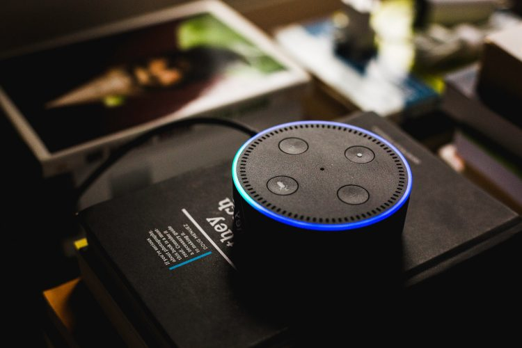Amazon Echo com Alexa para otimizar sua casa